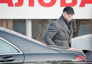 В Харькове в автомобиль Власенко бросили бутылку с зеленкой