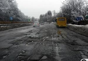 Янукович-младший назвал жесткий климат виновником разбитых украинских дорог