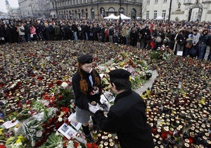 Семьям погибших в авиакатастрофе под Смоленском выплатят по $14 тысяч
