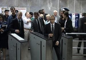 Кернес заявил, что часто пользуется метро
