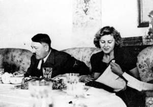 95-летняя немка призналась, что дегустировала еду Гитлера