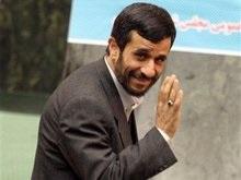 Ахмединеджад: У Ирана нет причин отказываться от ядерной программы