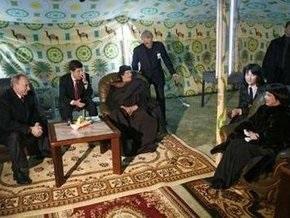 Каддафи поселился в палатке в кремлевском парке
