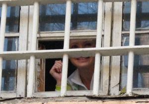 Батьківщина считает, что судьям мстят за закрытие дел против Тимошенко