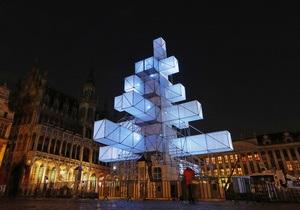 Рождественская елка возмутила бельгийцев