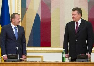 Янукович снял ограничение на количество заместителей секретаря СНБО