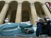 Состояние грузинских оппозиционеров, голодающих 13 дней, ухудшается