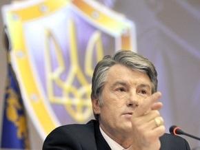 Ющенко рассказал, что Лозинский сломал челюсть Яворивскому