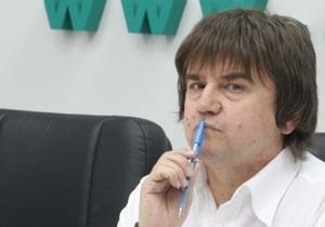Карасев раскритиковал команду Януковича: Есть Колесников, есть Клюев, остальные - не тянут