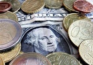 Межбанк закрылся ростом котировок по доллару и евро