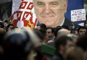 Лидер оппозиционной партии в Сербии прекратил голодовку