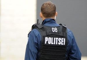 В Эстонии матрешка, рекламировавшая русский ресторан, подверглась нападению