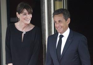 СМИ: Роды у Карлы Бруни-Саркози пройдут сегодня