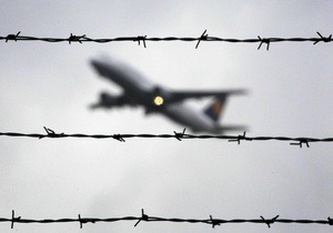 Индия - визит - СМИ: Спикер нижней палаты парламента Индии не приехала в Украину из-за возможного досмотра в аэропорту