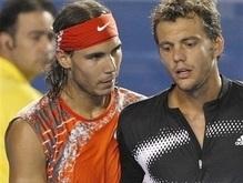 Надаль и Шарапова пробились в четвертьфинал