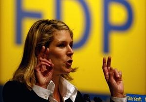 Еще один немецкий политик покинул высокий пост из-за обвинений в плагиате