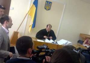 Луценко требует закрыть дело. Прокурор - против