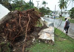 Тропический шторм угрожает Барбадосу и Подветренным островам