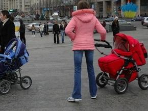 В Украине растет число усыновленных детей