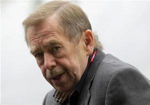 Экс-президент Чехии Гавел срочно госпитализирован
