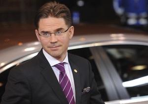 Полиция отпустила мужчину, напавшего с ножом на премьера Финляндии