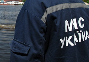 Спасатели достали из Десны Mercedes с телами трех погибших