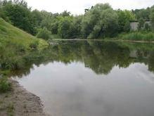 Возле озера на Оболони построят офисный центр