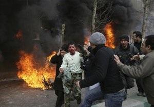 Ситуация на улицах Тегерана становится все более напряженной