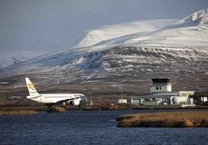 Главные аэропорты Исландии вновь закрылись из-за вулканического пепла