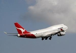 Самолет компании Qantas вновь совершил вынужденную посадку
