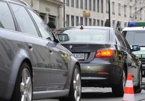 Автомобиль кандидата в президенты Германии сбил велосипедиста