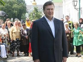 КМИС: Янукович уверенно лидирует в президентской гонке