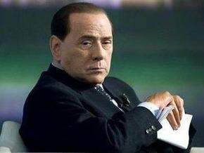 Римская прокуратура заинтересовалось полетами женщин на самолетах Берлускони