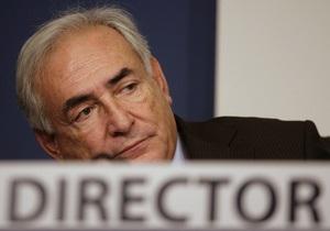 СМИ: МВФ попросит Стросс-Кана уволиться