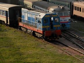 В Днепропетровске столкнулись пассажирский поезд и локомотив: есть пострадавшие