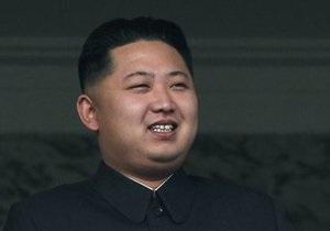 Смотрел с наслаждением: Ким Чен Ун посетил военные учения в КНДР