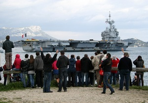 СМИ: Франция направила в Ливию боевые вертолеты