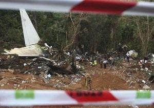 Найден один из черных ящиков разбившегося в Индии авиалайнера
