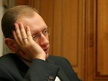 Яценюк: Украина сворачивает программу по газификации сел