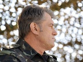 Ющенко призвал украинцев гордиться армией