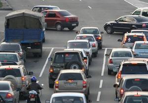 Бутылочные горлышки: Названы самые узкие места на киевских дорогах