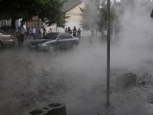 Фотогалерея: Авария водопровода в центре Киева