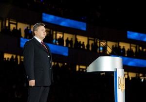 Янукович заявил, что на стадионах забывает о том, кто он есть