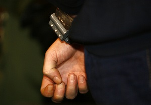 В Киеве наркоман обокрал канцелярию Дарницкого районного суда
