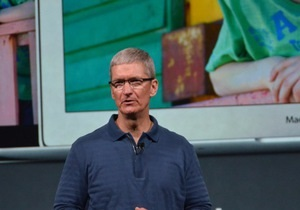 Доход главы Apple за год упал на 99%