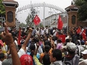 Непальские маоисты в столкновениях убили 11 полицейских