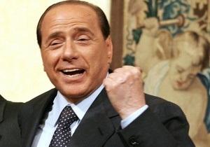 Берлускони: Женщины умнее и ответственнее мужчин