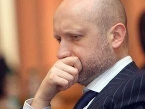 Ющенко  сдал  Яценюка ради реализации договоренности с ПР - Турчинов