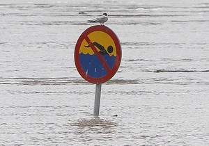 Фотогалерея: На мокром месте. Польша в плену наводнения