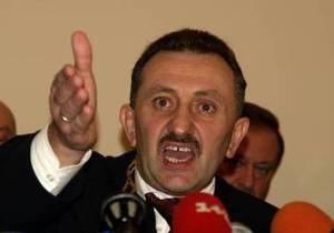 Суд отстранил от дела одного из адвокатов экс-судьи Зварича